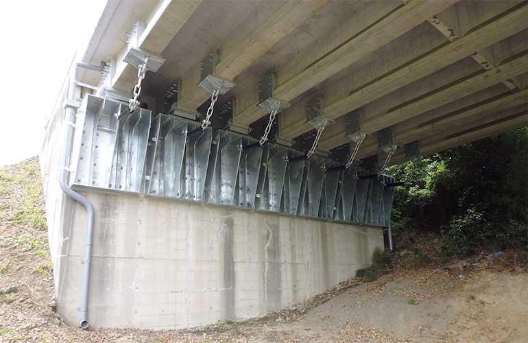 橋りょう修繕工事完成